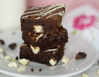 Double-Chocolate-Bowl-and-Whisk